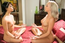 Hippie lesbo teaches her splendid roomate how to meditate !