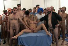 Tight Blond Chick Will get Excessive Hardcore GangBang
