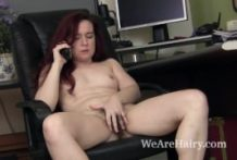 Annebelle Lee unclothes and wanks after work