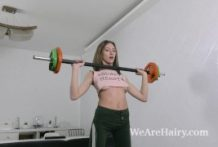 Lillian Vi wanks and does bare exercising