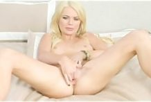BLONDE NATURAL BIG TIT PORNSTAR STRIPS AND FUCKS HER PUSSY