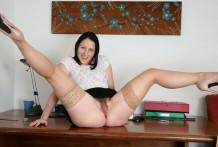 Playful mummy Amber