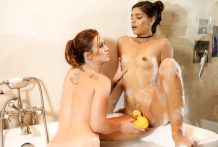 Sexy Katya performs with ducky within the tub with stepmom Karlie