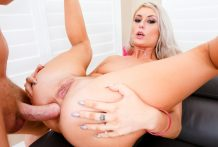 Gaping Blonde Victoria's Cock/Toy DP