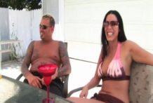 2 Whores One Pimp