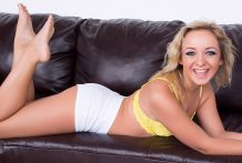 Golden-haired Teenage Cleo Vixen