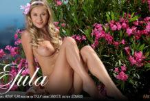 Efula Candice B