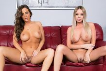 Rachele Richey and Abigail Mac Jizz LIVE