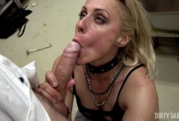DIRTYSARAH – Close Up Head Chef And Fuck Me Like A Grimy Whore