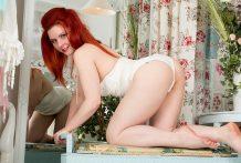 Fantastic redhead mummy