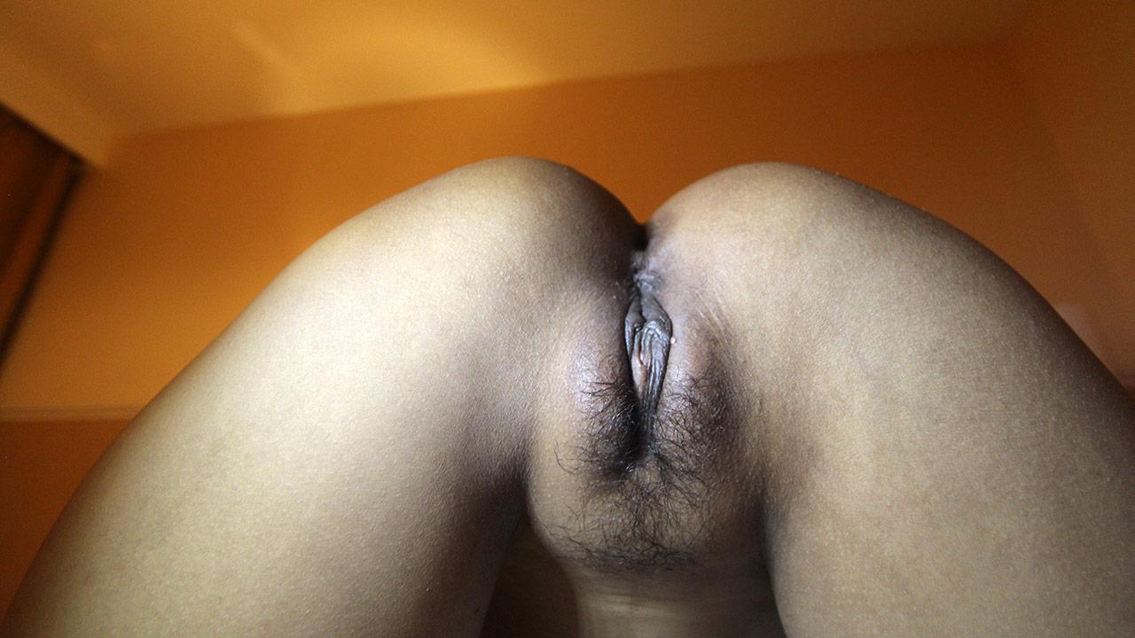 Light Skin Creamy Pussy Squirt