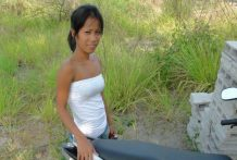Petite Filipina babe picked up in a field and fucked by foreign tourist