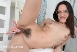 Mia Sanders masturbates after her chores