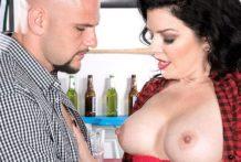 Natalie serves up her ass