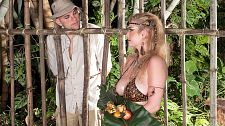 Caged Mamazon Intercourse
