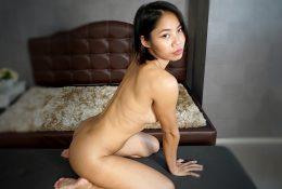 Horny Bangkok dream woman unleashes tirade of delight on white cock