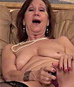 Lynn Stocking MILF